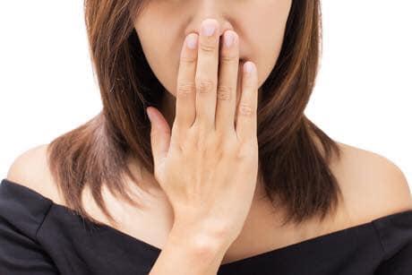 Những nguyên nhân gây ra hôi miệng phổ biến nhất hiện nay