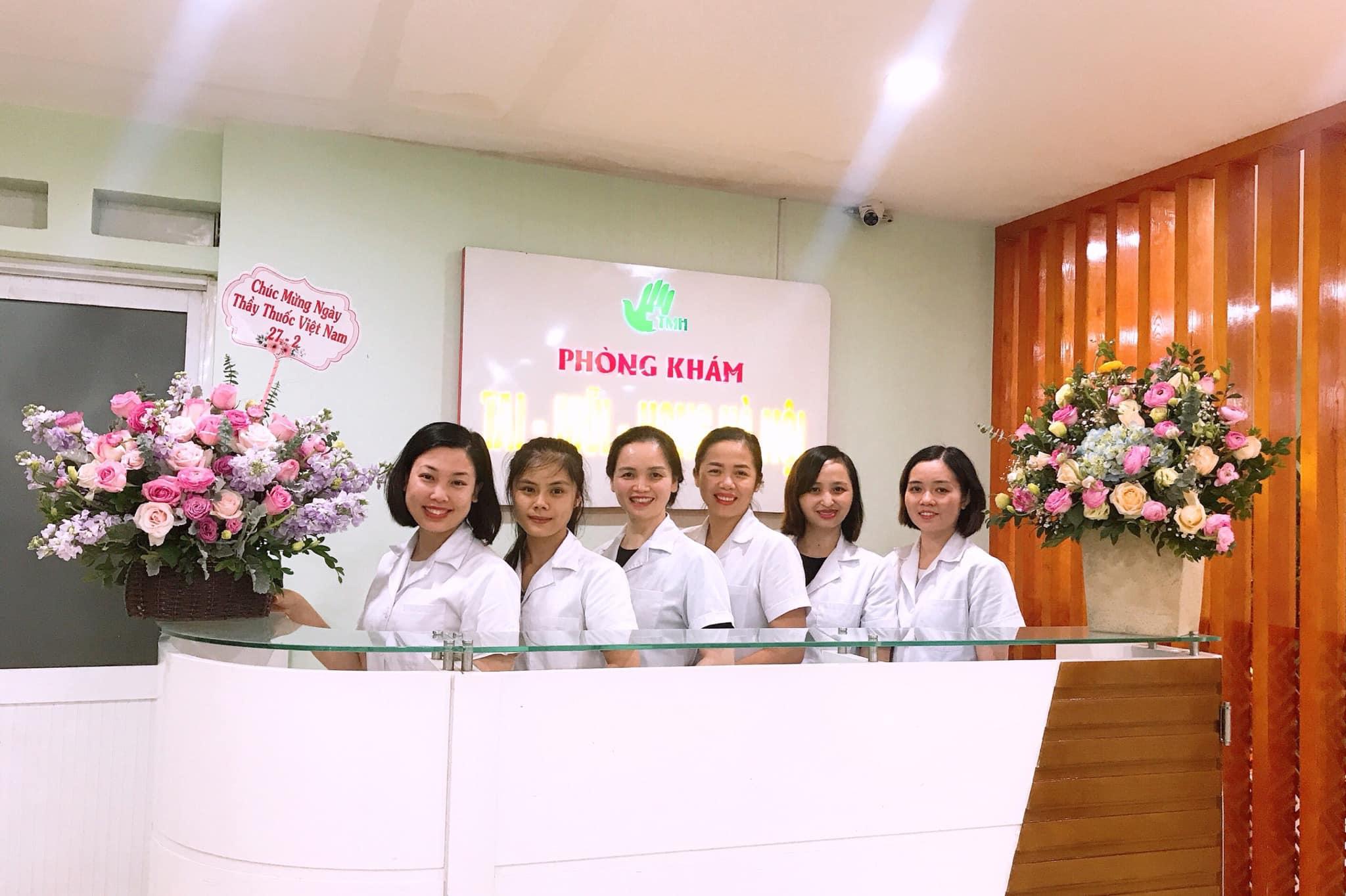 Đội ngũ y bác sỹ phòng khám chuyên tai mũi họng Hà Nội